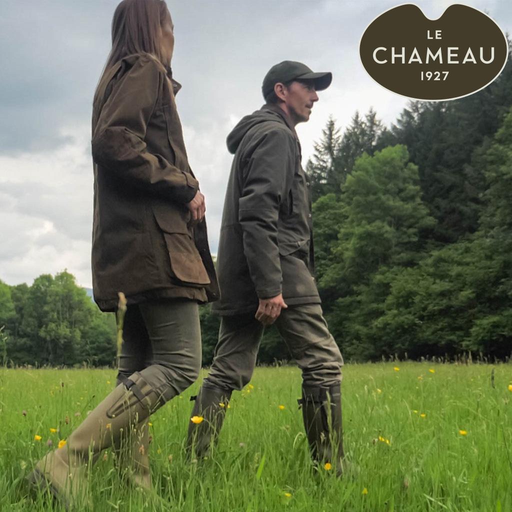 Man und Frau mit Stiefeln von Le Chameau